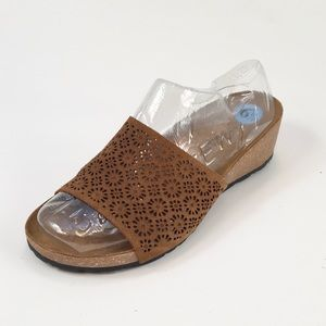 A Giannetti Leather Lace Slip On Sandals